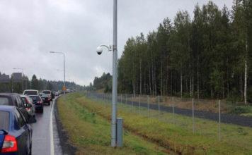 На карельском участке границы снова появились очереди. Фото: karjalainen.fi
