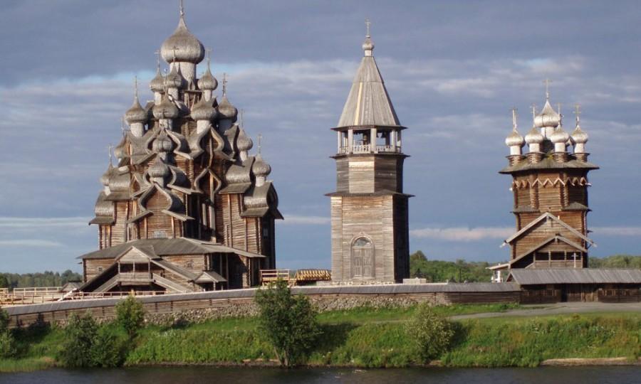 Директором музея на заповедном острове Кижи хотели бы стать многие. Фото: kizhi-karelia.ru