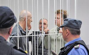 Девлетхан Алиханов находится за решеткой уже девятый месяц. Фото: stolica.onego.ru