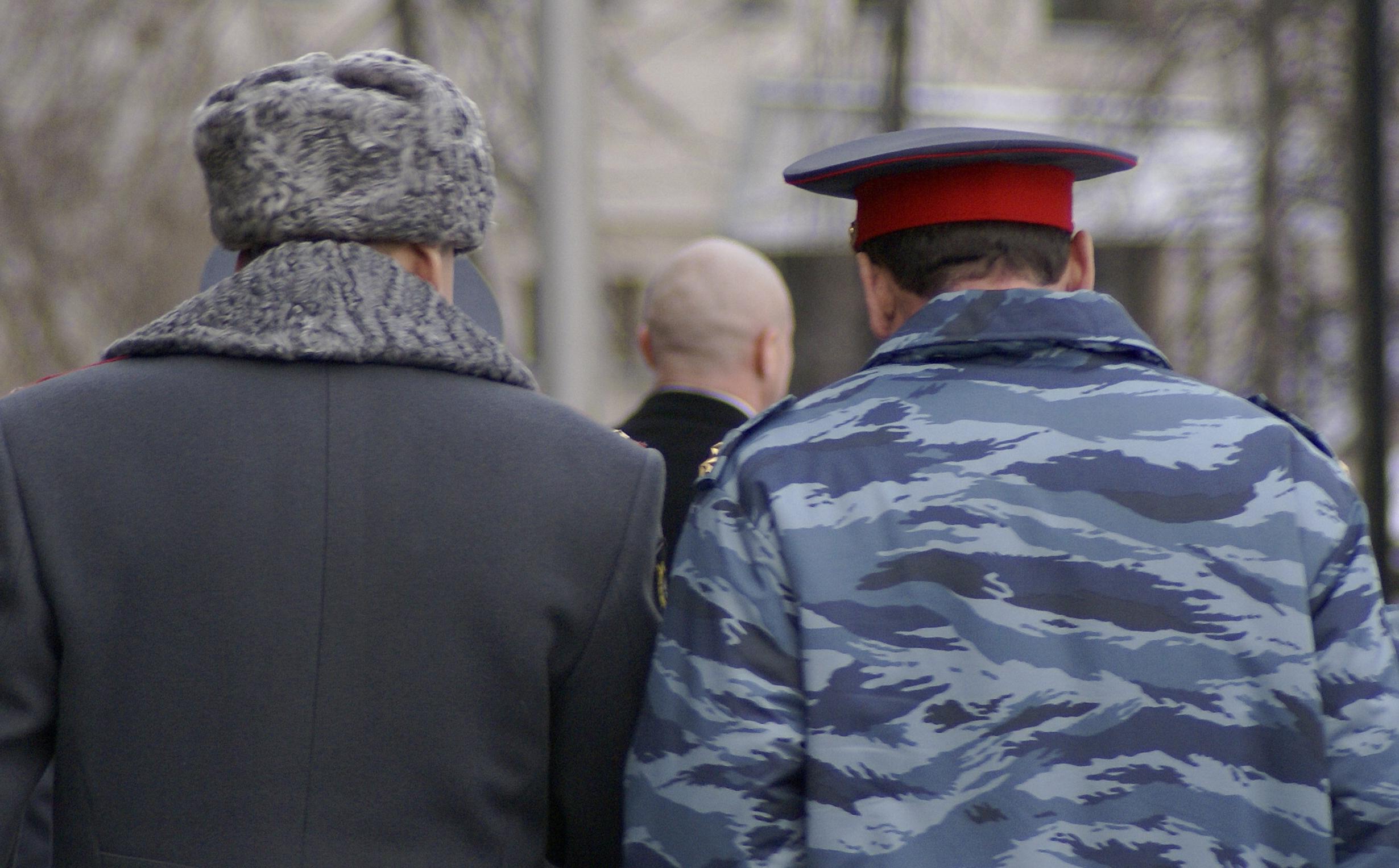 """Полицейским приходится выполнять """"план"""", спущенный начальством. Фото: Губернiя Daily"""