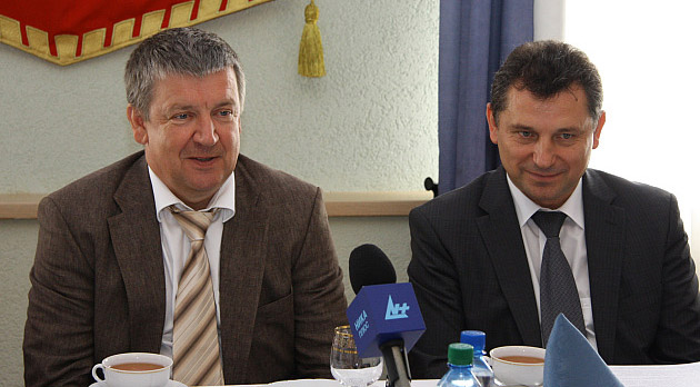 Глава Карелии пообещал навести порядок в лесу еще три года назад. Фото: gov.karelia.ru