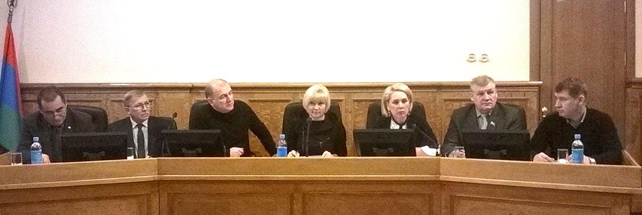 Заседание комитета по экономической политике и налогам парламента Карелии. Фото: Виктор Позерн