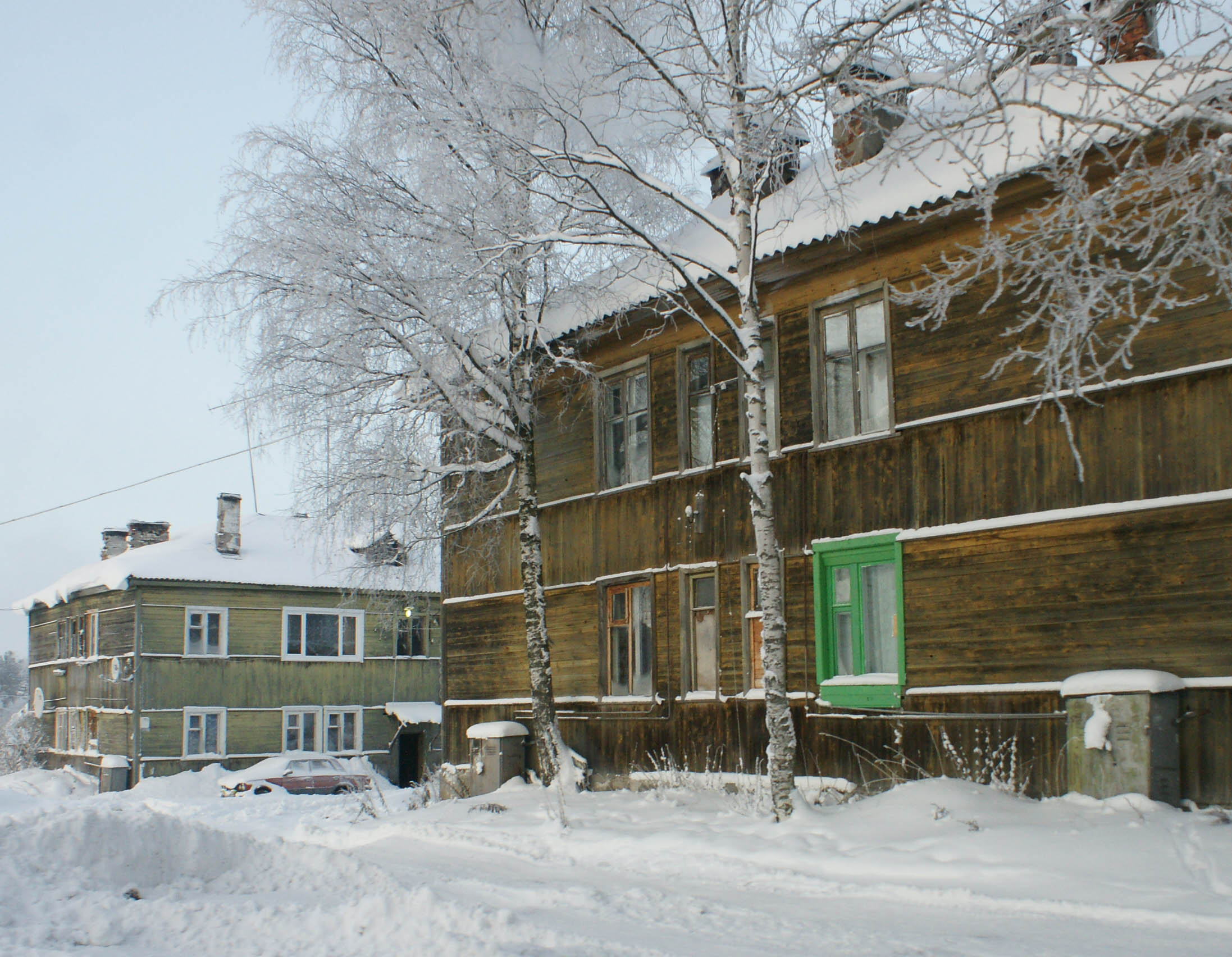 Дойдет ли когда-нибудь природный газ до жителей этих домов? Фото: Губернiя Daily