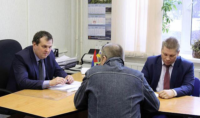На встрече с и.о. первого вице-губернатора Олегом Тельновым. Фото: gov.karelia.ru
