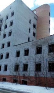 Петрозаводский недострой давно стал памятником карельской бесхозяйственности. Фото: Татьяна Смирнова