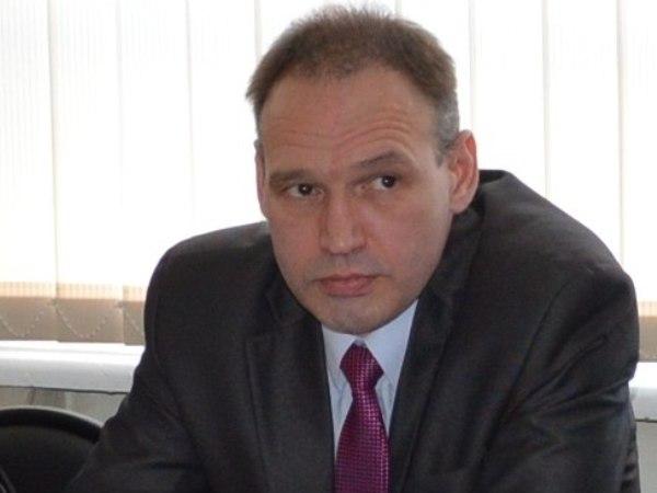 Геннадий Сараев отмежевался от слов партийного соратника. Фото: karel.er.ru