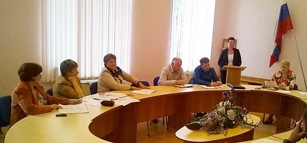 На заседании совета Лахденпохского района. Фото: Виктор Позерн