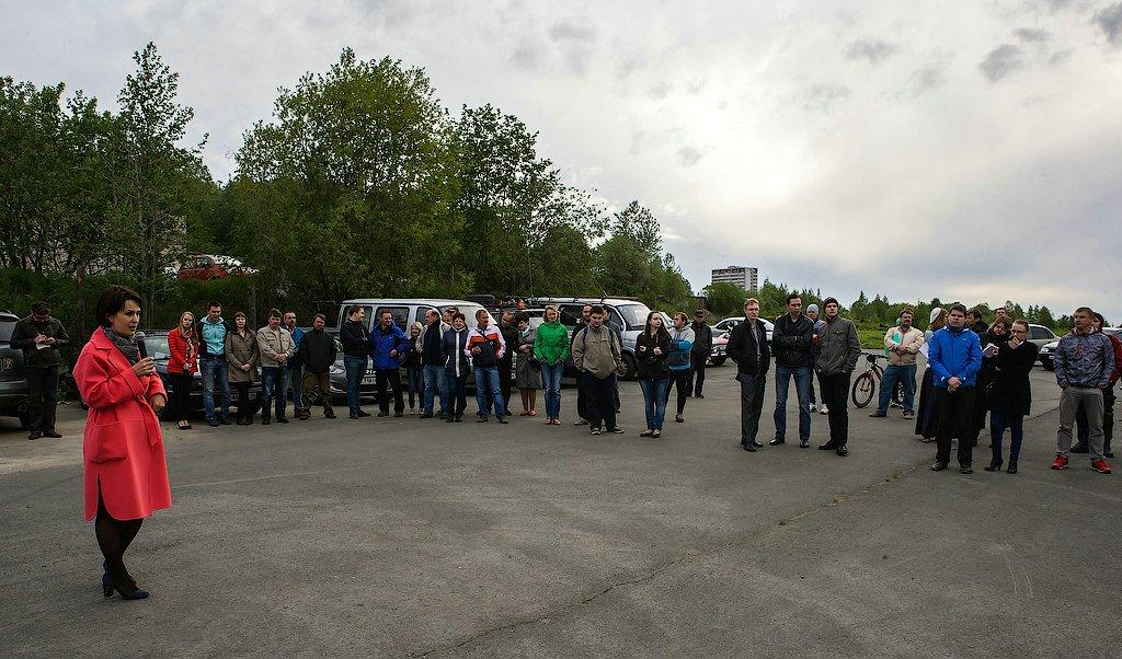 Встреча избранного мэра Петрозаводска Галины Ширшиной с автомобилистами. Фото: Губернiя Daily