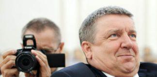 Глава Карелии забыл, что слово не воробей? Особенно в присутствии журналистов. Фото: Губернiя Daily