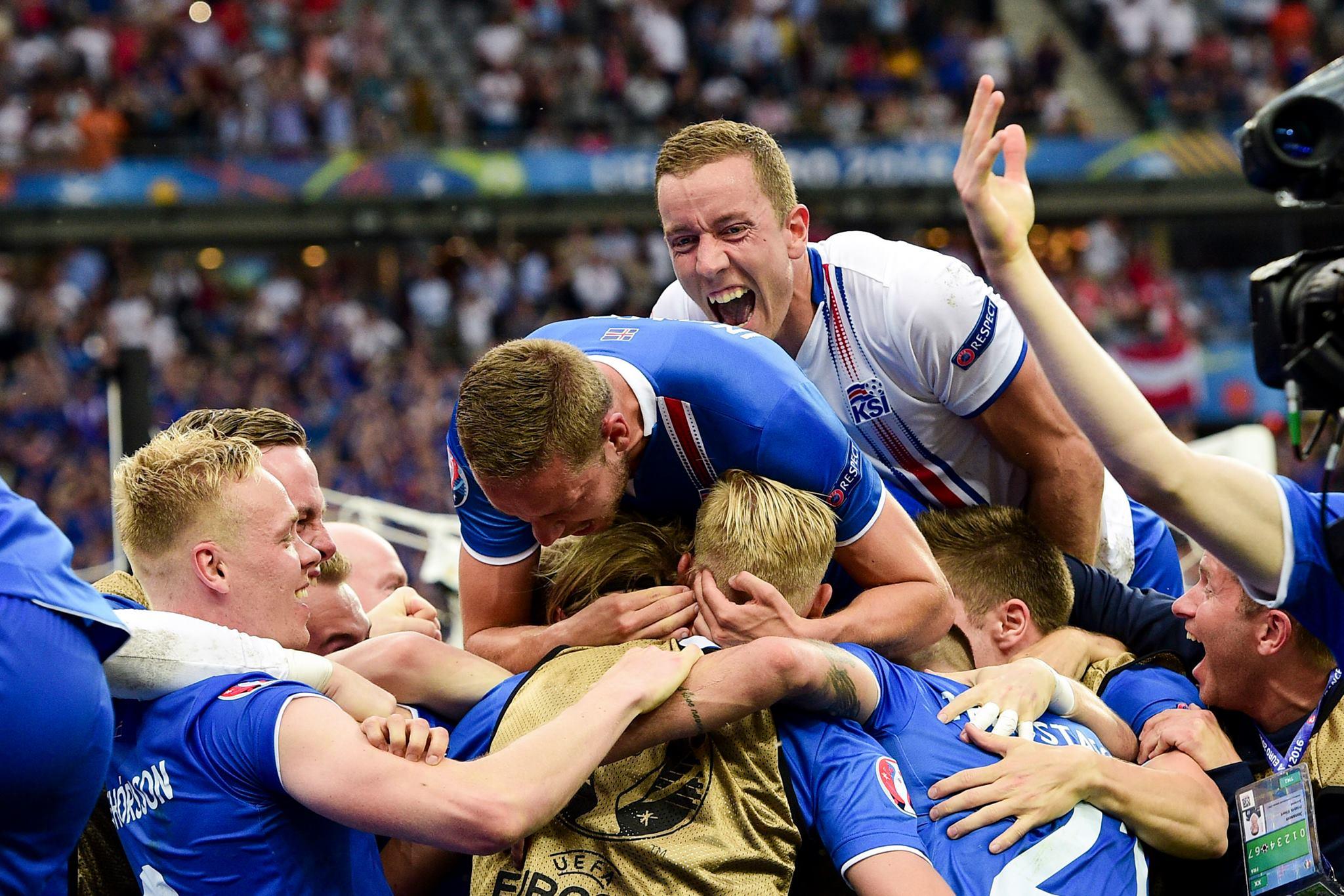 Сборная Исландии по футболу своей игрой на Евро-2016 завоевала симпатии многих жителей Карелии. Фото с официальной страницы Футбольной ассоциации Исландии в Facebook