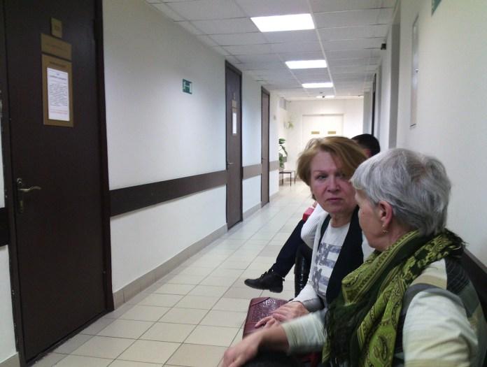 Защитники Сунского бора Татьяна Ромахина и Нина Шалаева в городском суде Петрозаводска. Фото: Валерий Поташов