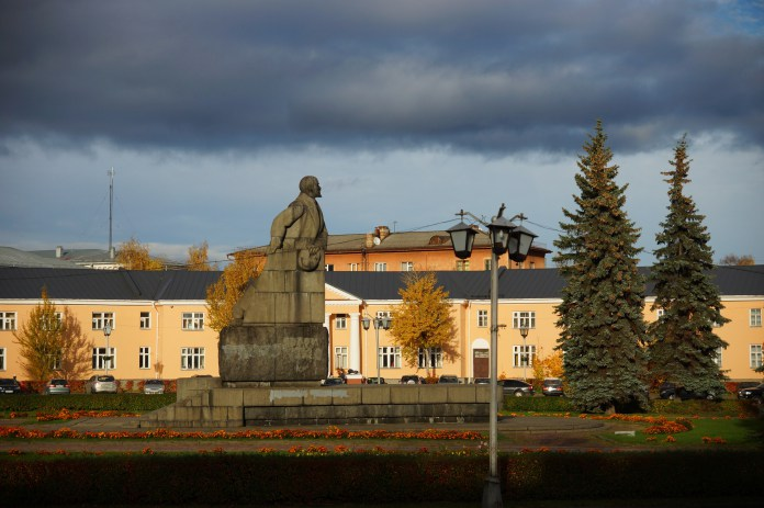 Памятник Ленину на площади Ленина в Петрозаводске. Фото: Губернiя Daily