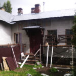 Капремонт жилого дома N62 по улице Шотмана в Петрозаводске в срок так и не завершен. Фото: Валерий Поташов