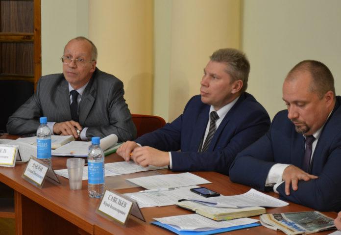 Карельские чиновники устроили очередное обсуждение за
