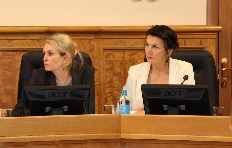 Ольга Залецкая и Татьяна Богданова. Фото: karelia-zs.ru