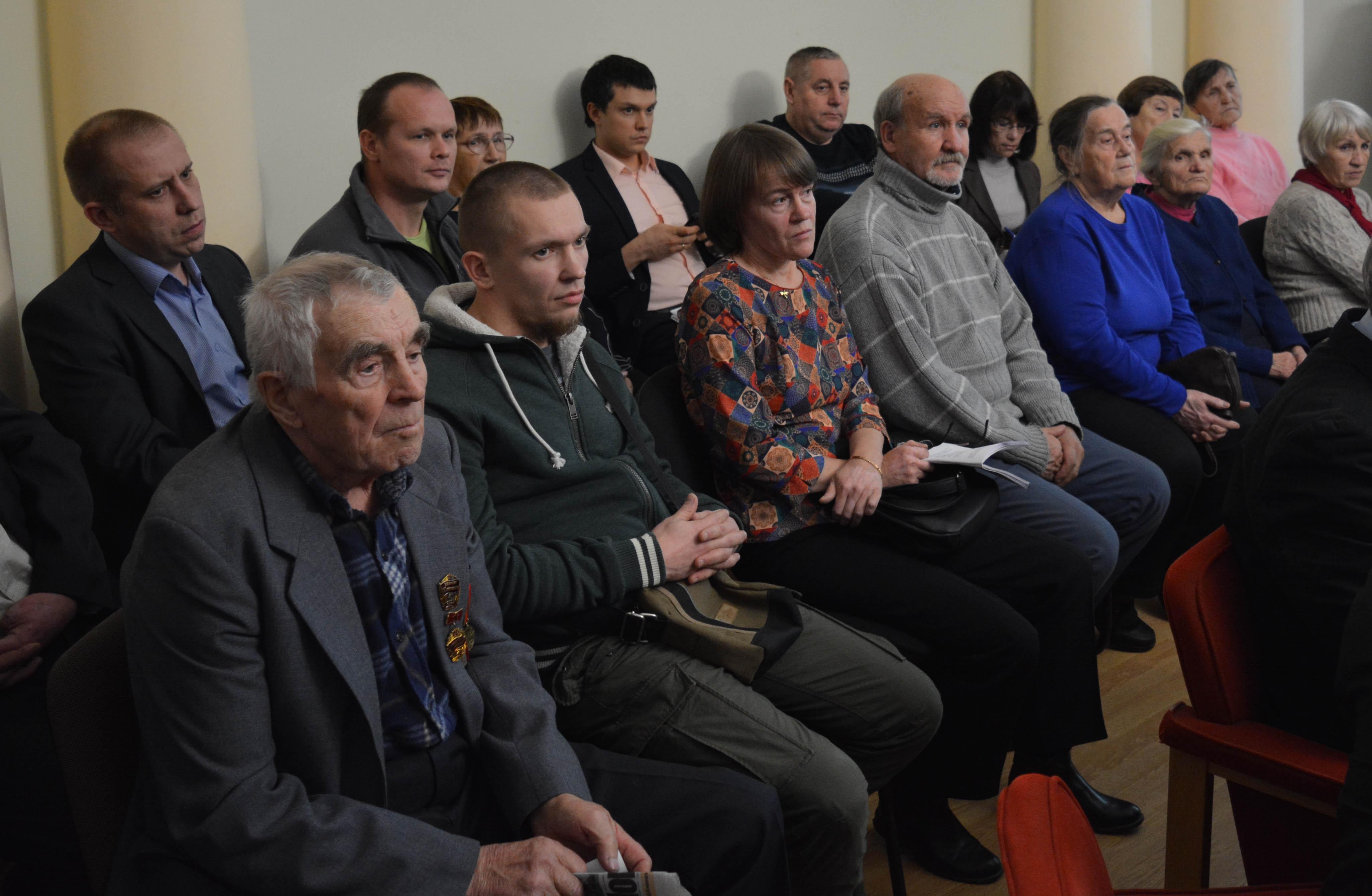 Жители Суны. Фото: Алексей Владимиров