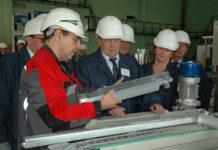 Глава Карелии поспешил объявить о начале промышленного выпуска алюминиевых радиаторов в поселке Надвоицы. Фото: gov.karelia.ru