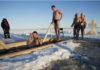 Жители Петрозаводска в Крещение традиционно окунаются в проруби на Онежском озере. Фото: Губернiя Daily