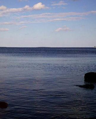 Онежское озеро - второй по величине пресноводный водоем Европы. Фото: Валерий Поташов