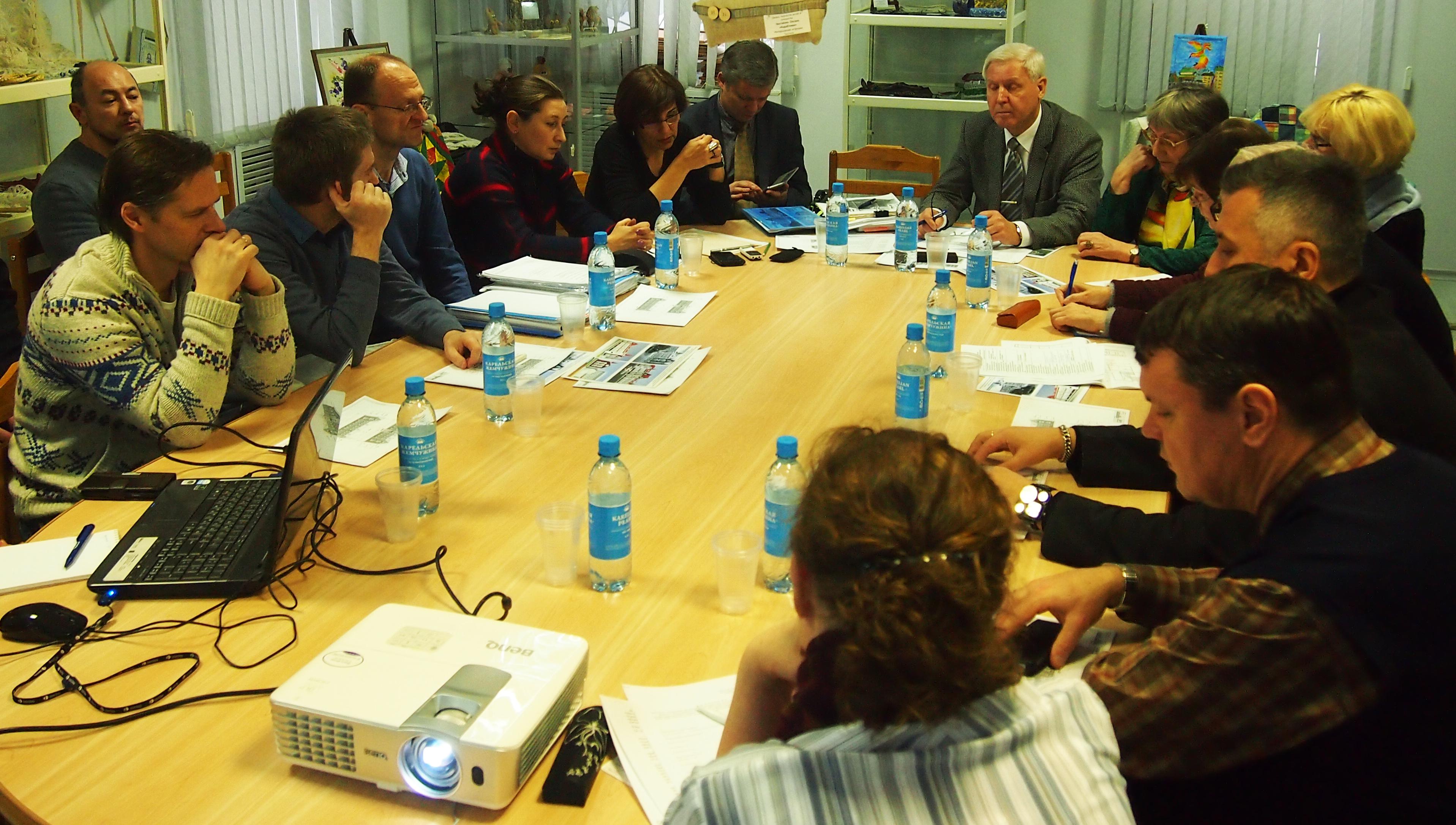 На заседании совета. Фото: Валерий Поташов