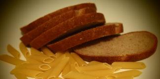 В Карелии отмечен спад покупательского спроса на продовольствие, даже на хлеб и макароны. Фото: Черника