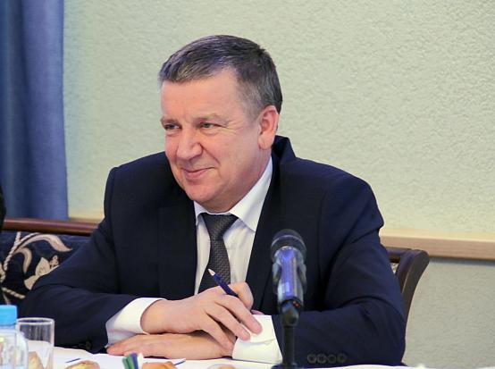 На встрече с руководителями карельских СМИ, состоявшейся в январе, глава Карелии Александр Худилайнен пообещал