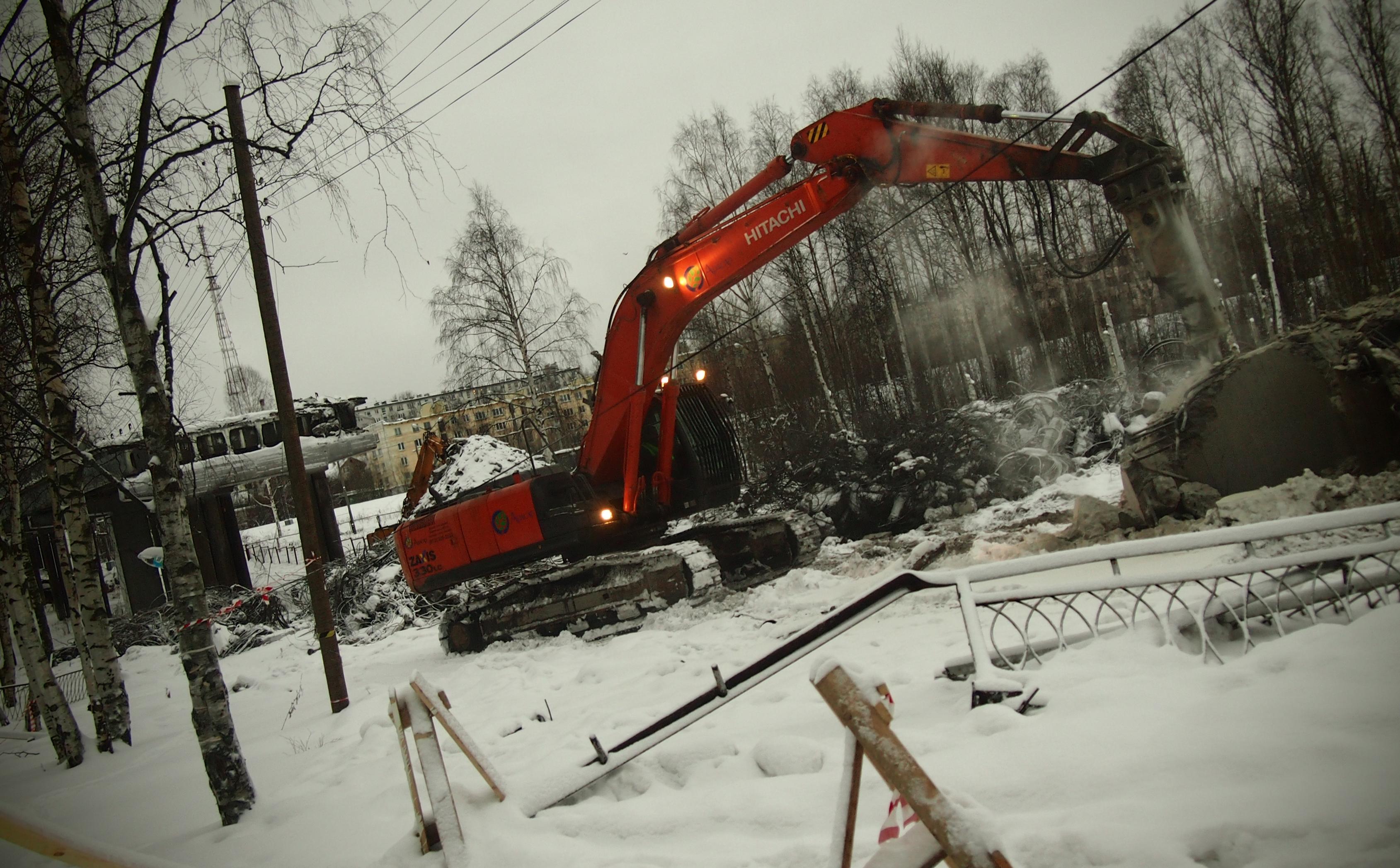 Так выглядит сейчас строительство Гоголевского моста в Петрозаводске. Фото: Валерий Поташов