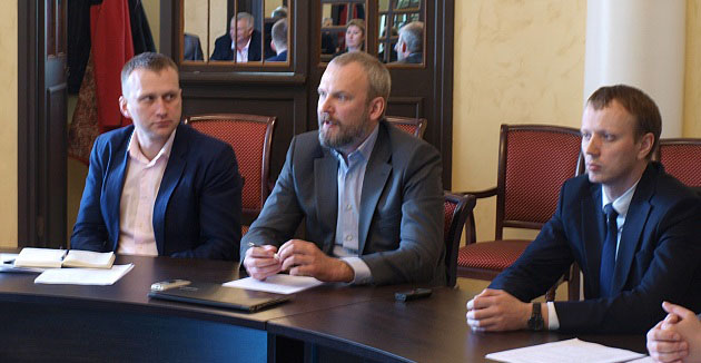 Господин Халлист рассказывает в Минэкономразвития Карелии про перспективы агрохолдинга в Приладожье. Фото: gov.karelia.ru