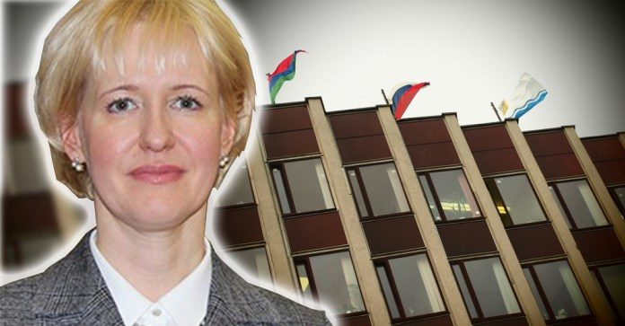 Сити-менеджер Петрозаводска Ирина Мирошник. Коллаж: Черника