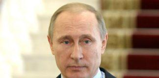 О кричащей ситуации с расселением аварийного жилья в Карелии общественники написали даже президенту, но в Москве как будто не хотят ничего замечать. Фото: президент.рф