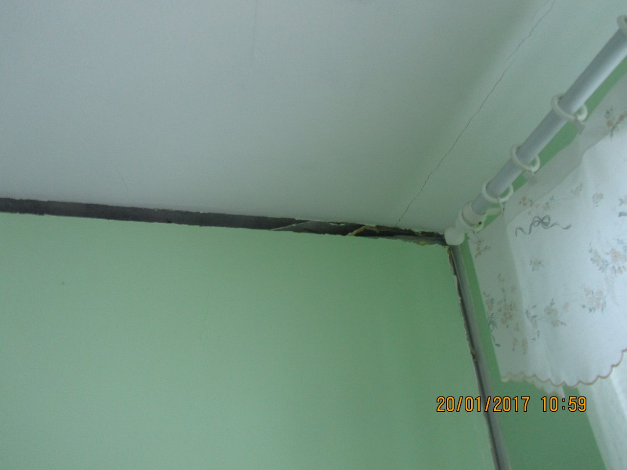 Стена между комнатами. Фото: Светлана Король