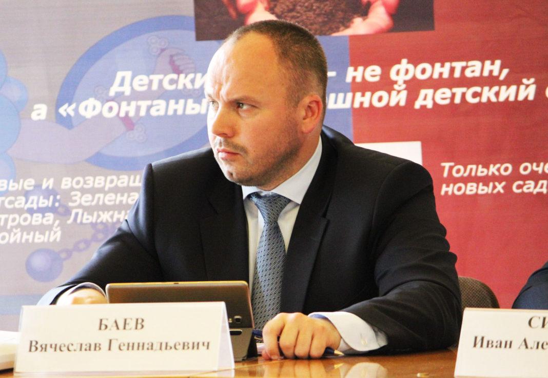 Заместитель главы Карелии по региональной политике Вячеслав Баев. Фото: Сергей Мятухин