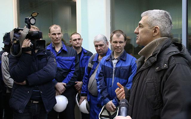 Врио главы Карелии на встрече с работниками Кондопожского ЦБК. Фото: gov.karelia.ru