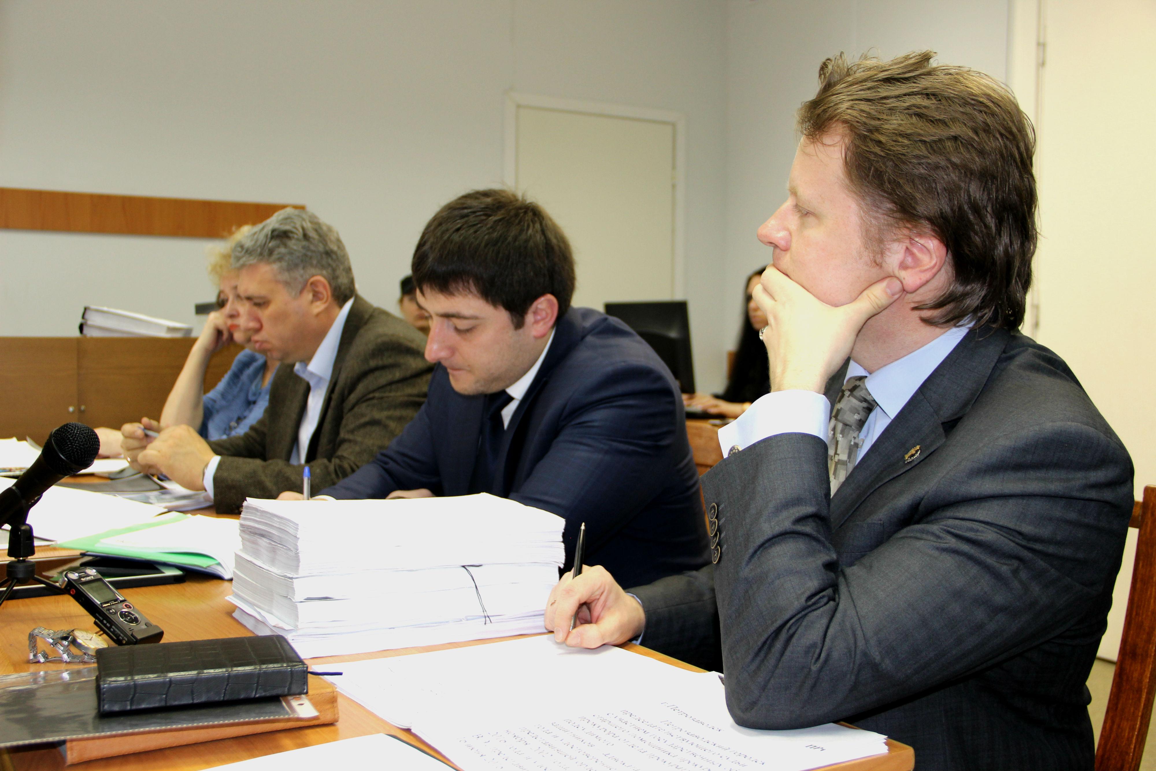 alixanov, advokati