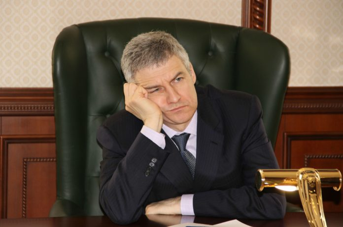Карельский губернатор Артур Парфенчиков. Фото: Черника