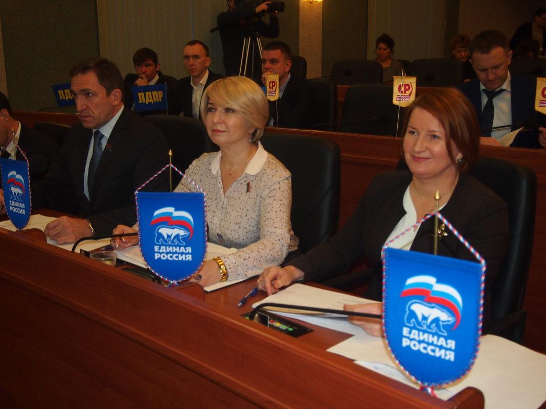 Авторами поправки в республиканский закон о господдержке карельского, вепсского и финского языков выступили члены фракции