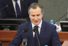 Премьер-министр Карелии Александр Чепик. Фото: Сергей Мятухин