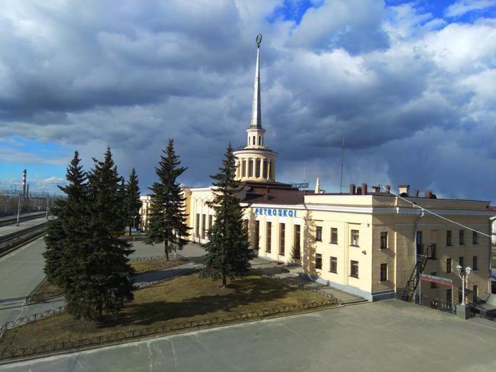 Железнодорожный вокзал в Петрозаводске. Фото: Алексей Владимиров