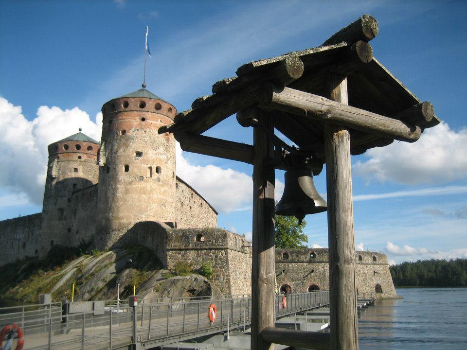 Средневековая крепость в Савонлинна, где проходит знаменитый оперный фестиваль. Фото: Валерий Поташов