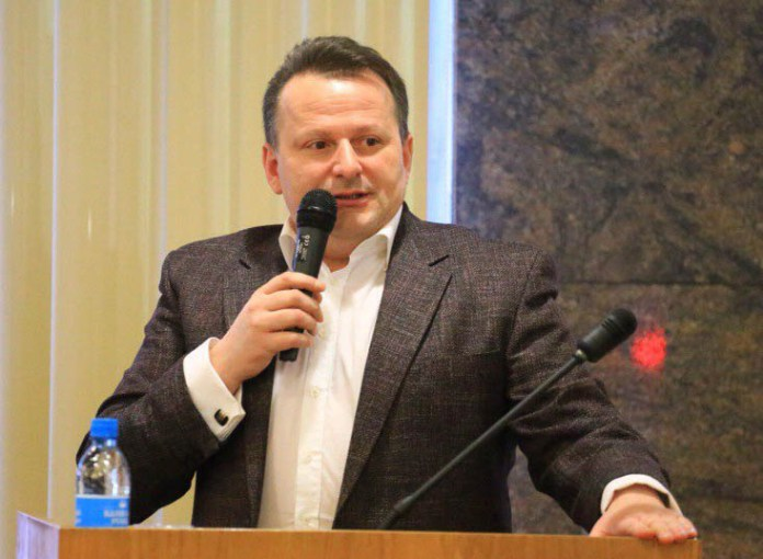 Депутат горсовета Петрозаводска Валерий Матвеев. Фото: rk.karelia.ru