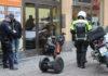 Полиция задержала мигрантов на улице Стокгольма. Фото: Валерий Поташов