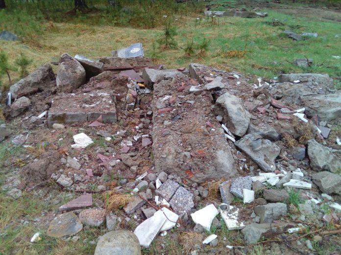 Начатая реконструкция воинского захоронения в поселке Сосновый в 2017 году оказалась