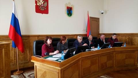 На заседании комитета. Фото: Татьяна Смирнова