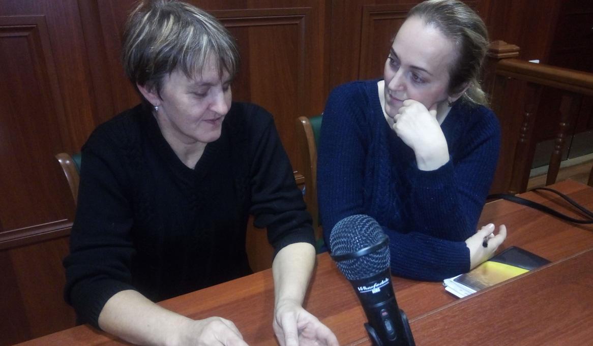 Ирина Соколовская и Оксана Устинова в Верховном суде Карелии. Фото: Татьяна Смирнова