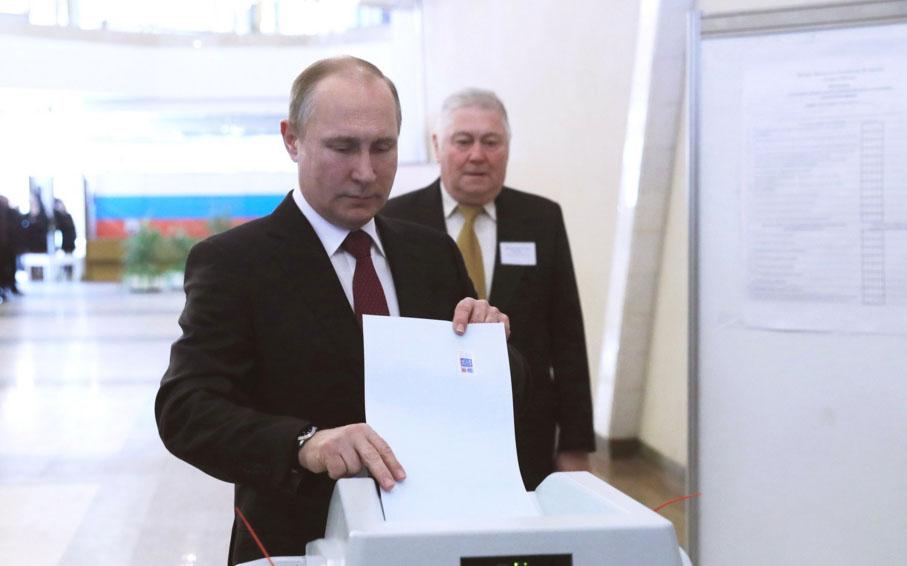 Путин голосует на своих выборах. Фото: kremlin.ru