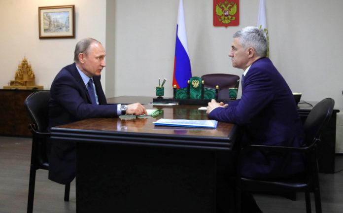 Карельский губернатор Парфенчиков на встрече у президента Путина. Фото: kremlin.ru