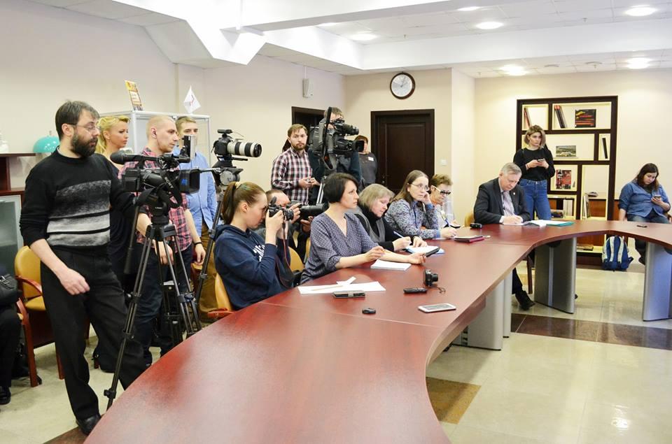 На пресс-конференции. Фото: Анна Ларионова