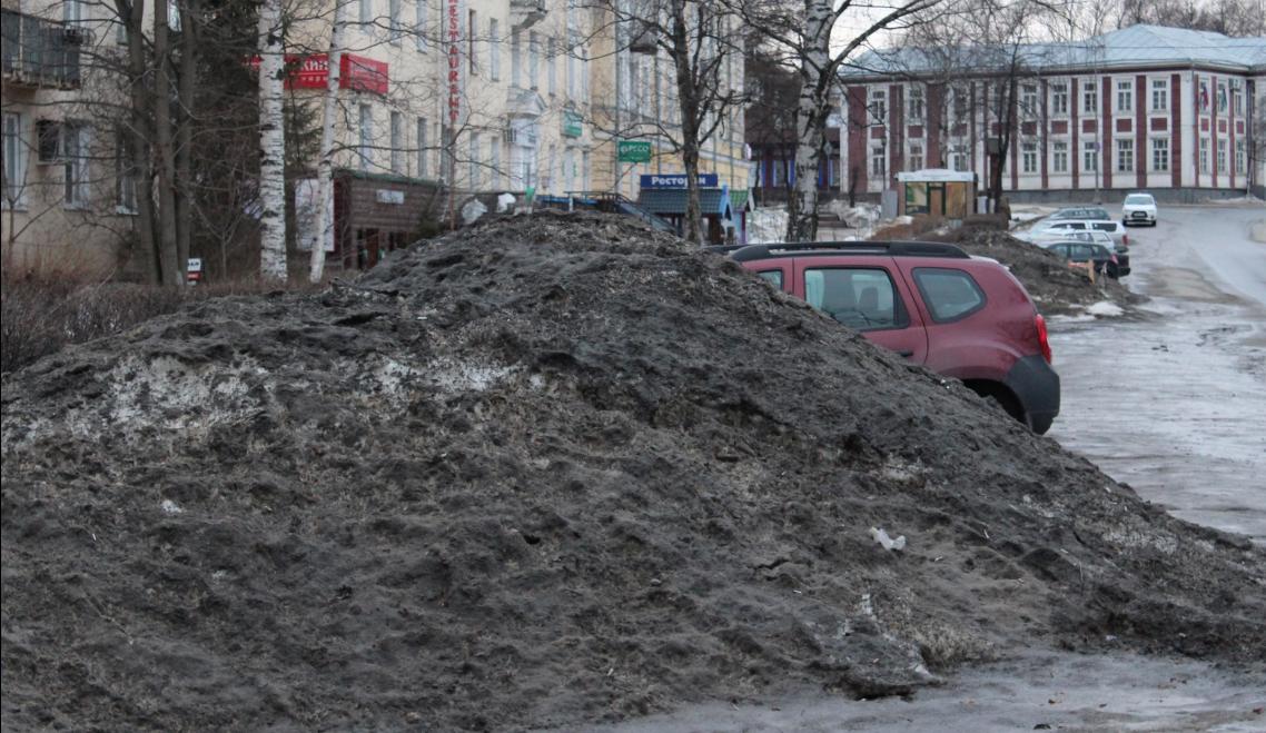 Петрозаводск утопает в грязи. Фото: Валерий Поташов